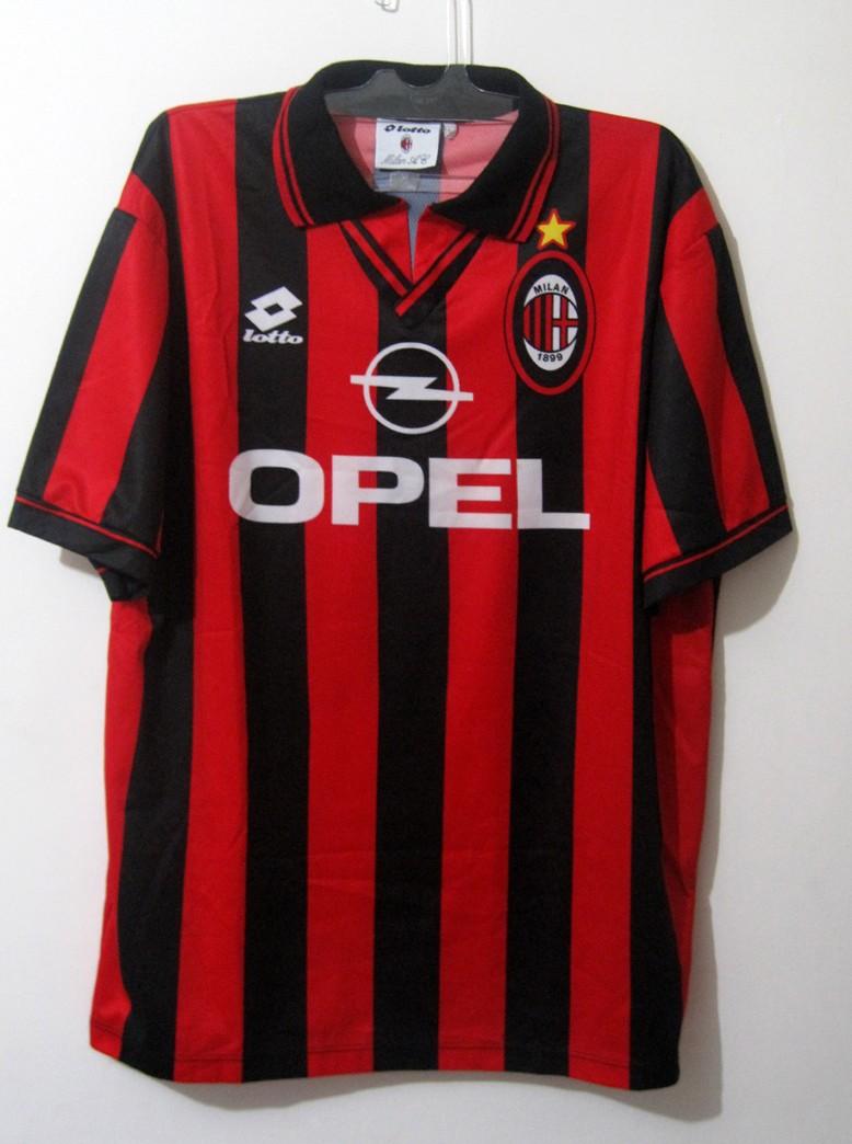 d4f5d912a4b AC Milan Home Maillot de foot 1996 - 1997. Sponsored by Opel