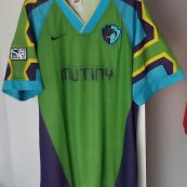 Home football shirt 1996 - ?