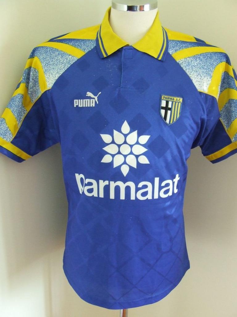 Parma Away football shirt 1995 - 1997.