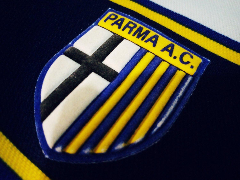 Parma Away football shirt 2001 - 2002.