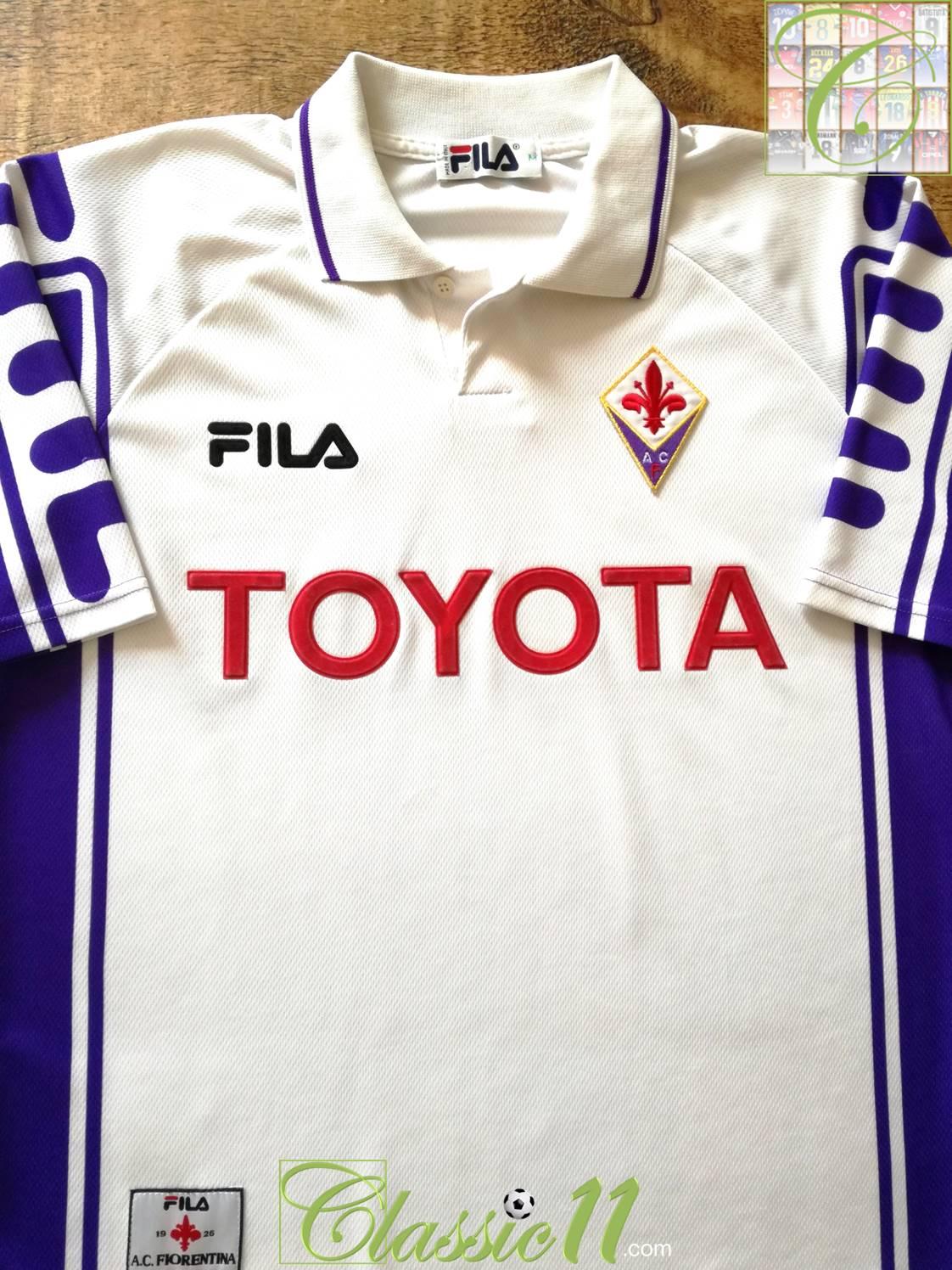 Fiorentina Away football shirt 1999 - 2000. Sponsored by Toyota