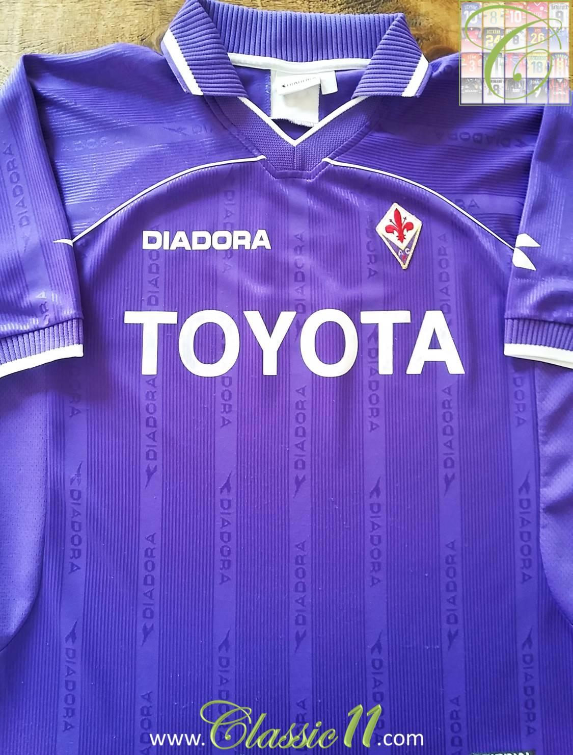 Fiorentina Home maglia di calcio 2000 - 2001. Sponsored by Toyota