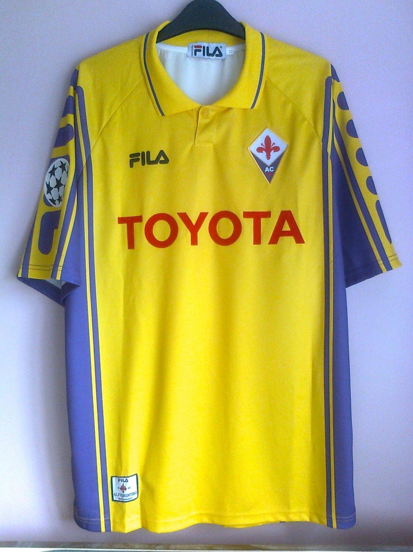 Fiorentina Il Terzo maglia di calcio 1999 - 2000. Sponsored by Toyota