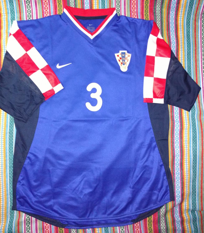 821c810591a Croatia Away fotbollströja 2001 - 2002.