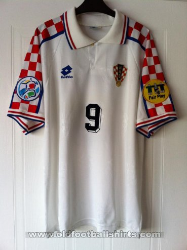 Croatia Away football shirt 1996 - 1998