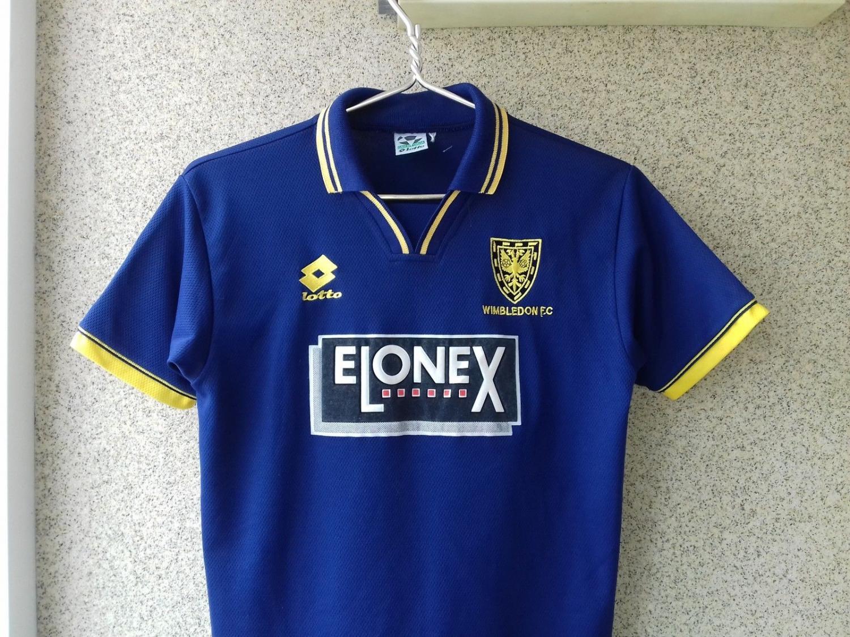 ... AFC Wimbledon Home Maillot de foot 1996 - 1997. Ajouté par  Soccer  Shirt Football a9ffb3bfb
