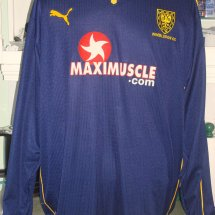 AFC Wimbledon Home baju bolasepak 2001 - 2002 sponsored by Maximuscle