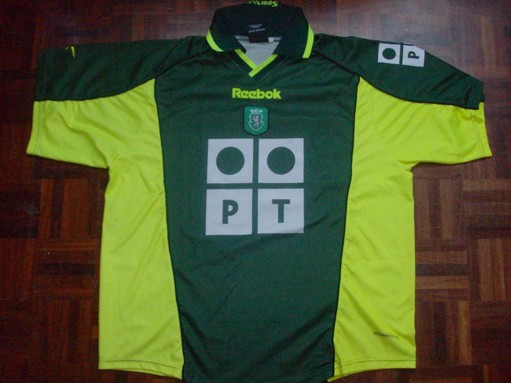 6a848385a ... Sporting Club Away camisa de futebol 2000 - 2001
