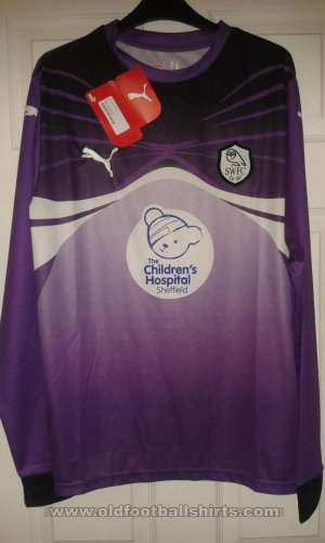 Sheffield Wednesday Goalkeeper football shirt 2010 - 2011