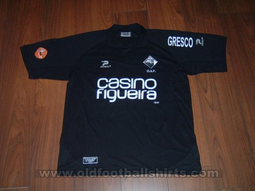 Academica Home football shirt 2004 - 2005