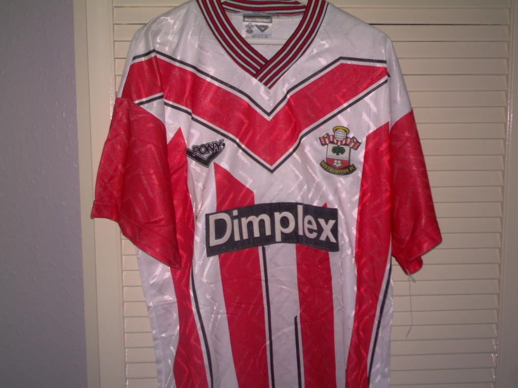 b19443686 Southampton Home football shirt 1993 - 1995. Sponsored by Dimplex