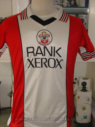 Southampton Home football shirt 1980 - 1983