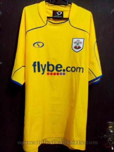 debab3a3318 Southampton Away maglia di calcio 2007 - 2008. Sponsored by Flybe