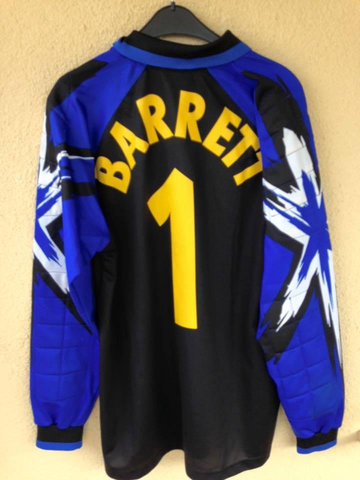 30e25a028 Jamaica Goalkeeper camisa de futebol 1998 - 2000.
