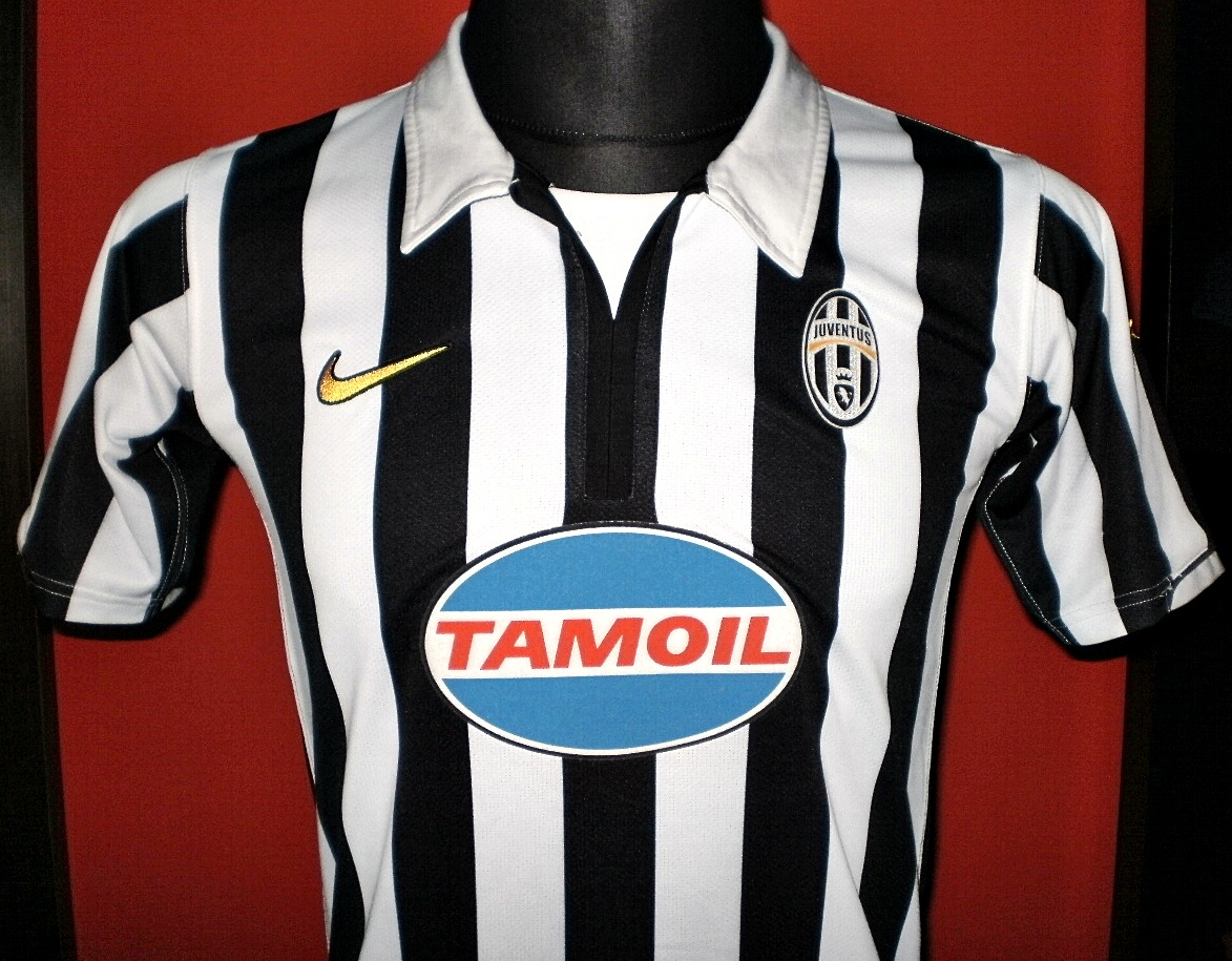 more photos 1fa76 4b5cd Juventus Home football shirt 2006 - 2007.