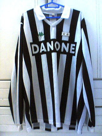 599e53989 ... release date 931a0 91ee3 Juventus Home football shirt 1993 - 1994 .. ...