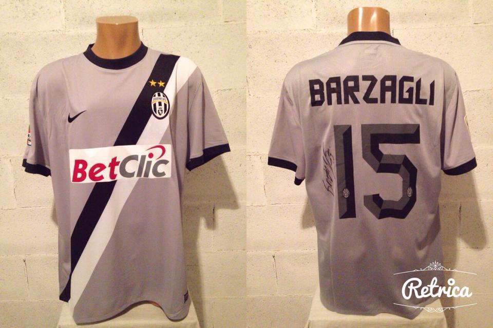 best service 1ecee e0382 Juventus Away football shirt 2010 - 2011.