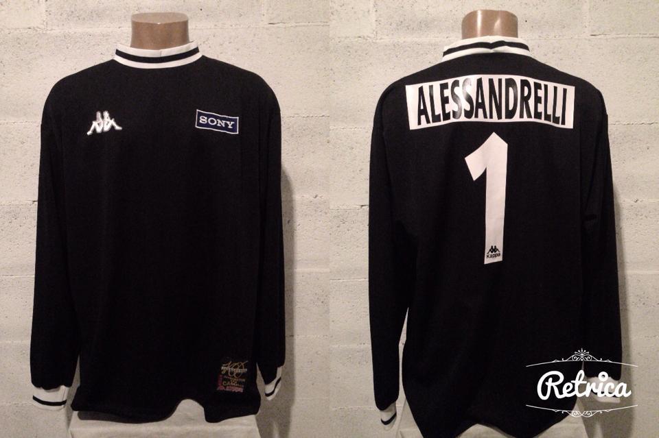 9b67ae0f4 Juventus Goalkeeper football shirt 1997 - 1998.