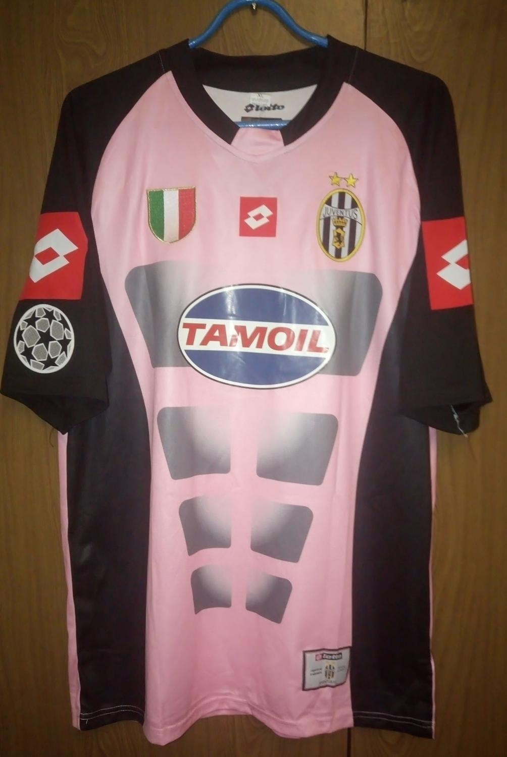 The Best Maillot Juventus Pharrell Williams