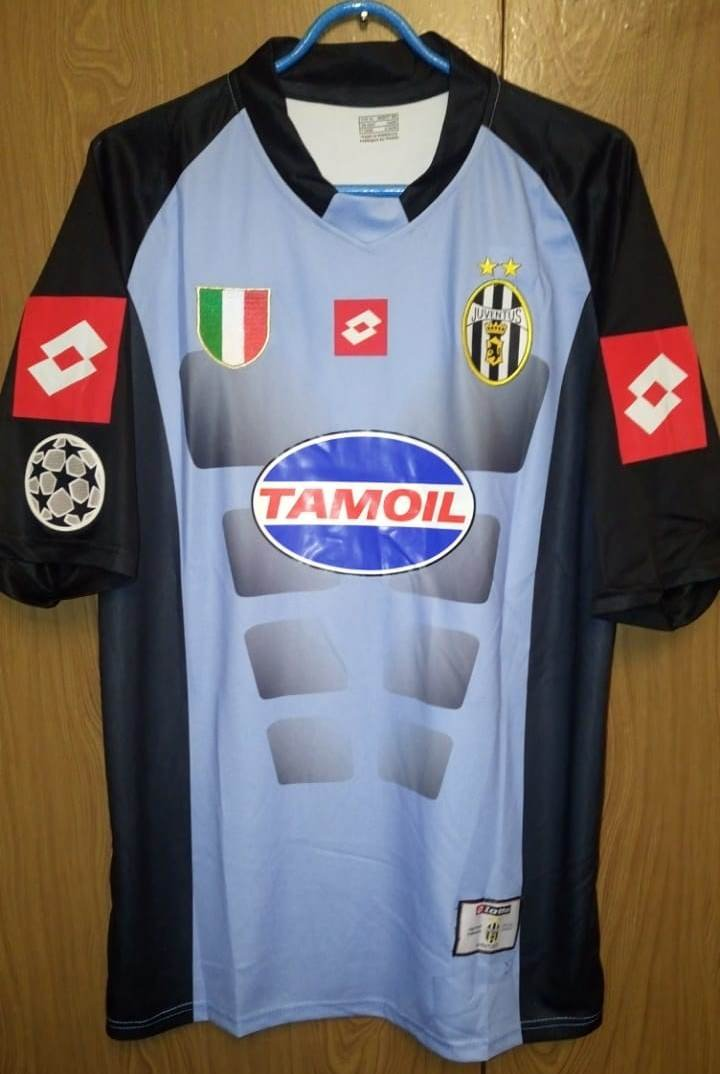 1eafc9612bb Juventus Goalkeeper maglia di calcio 2002 - 2003. Sponsored by Tamoil