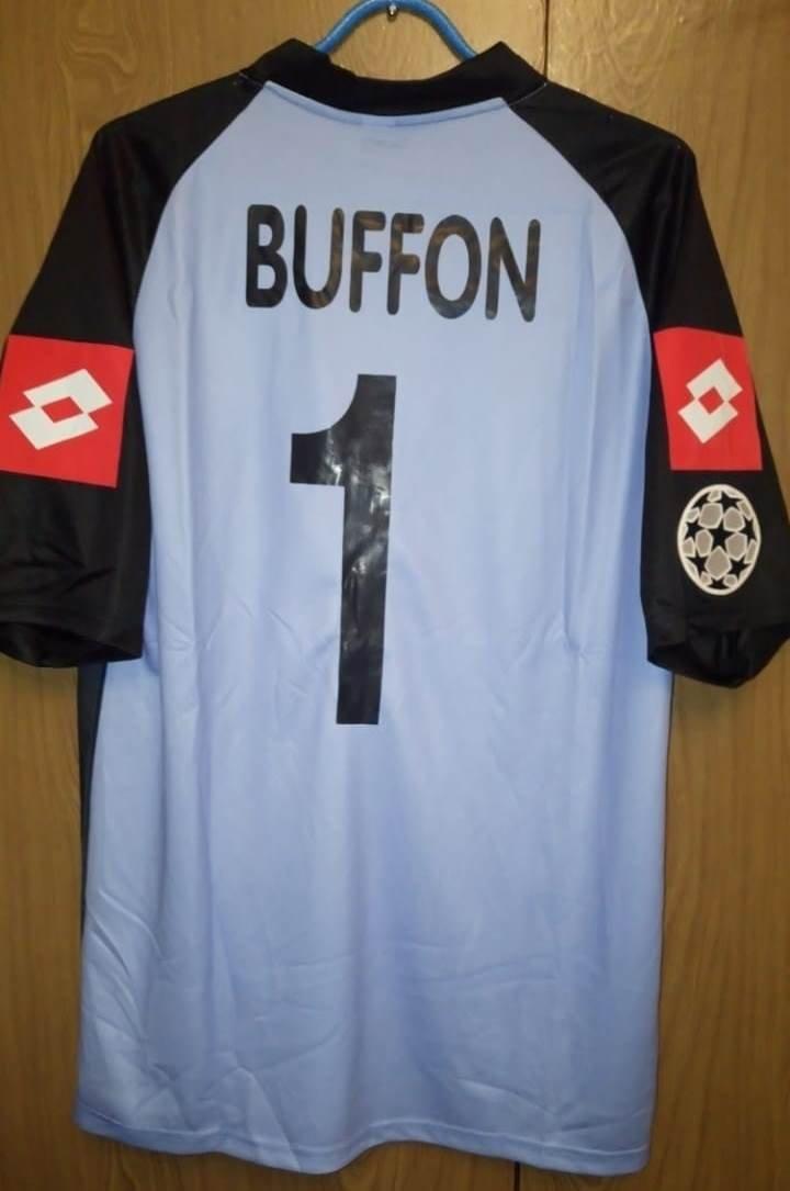 7890052ec Juventus Goalkeeper Maillot de foot 2002 - 2003. Sponsored by Tamoil
