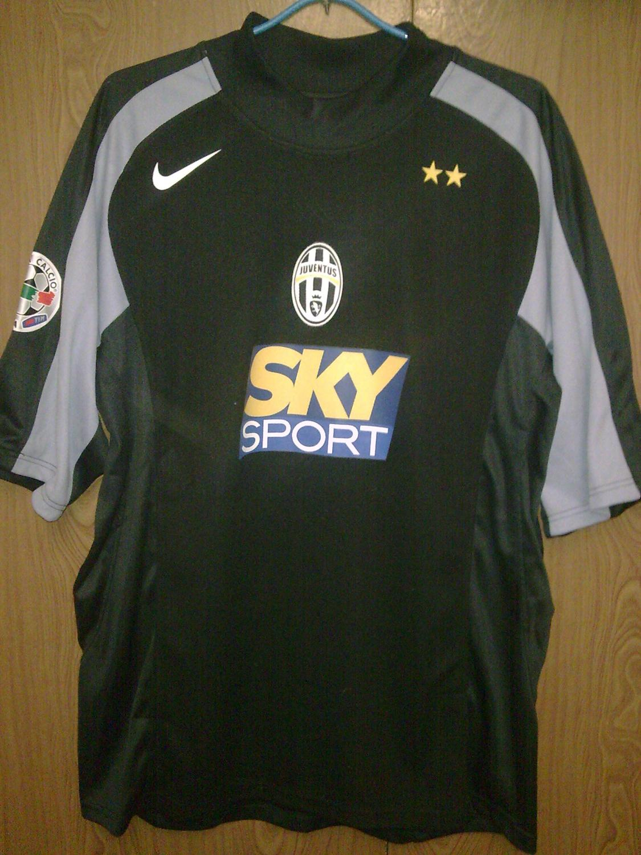 733348193 Juventus Goalkeeper Camiseta de Fútbol 2004 - 2005.