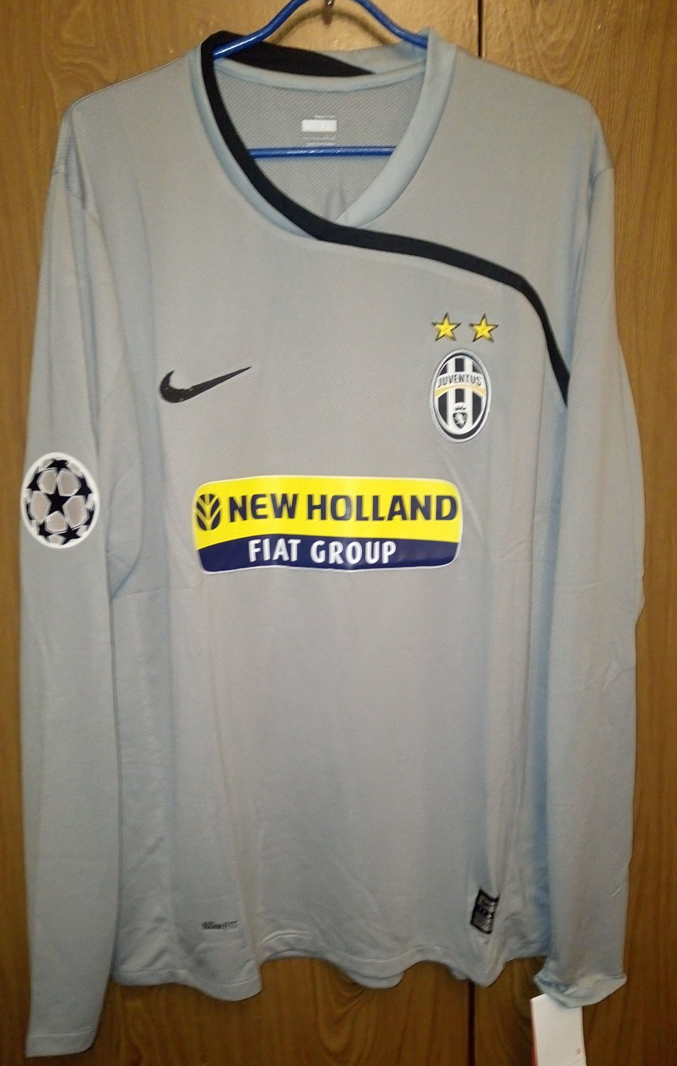 separation shoes 1f53e f1d86 Juventus Goalkeeper maglia di calcio 2008 - 2009. Sponsored ...