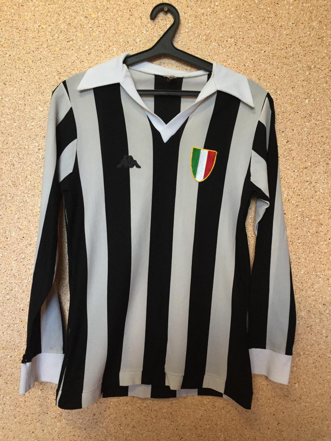 9af07777e Old Juventus Home football shirts and soccer jerseys