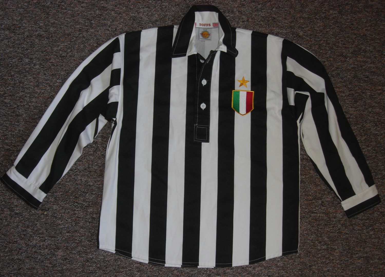 2d67bb02c Juventus Retro Replicas חולצת כדורגל 1965 -  .