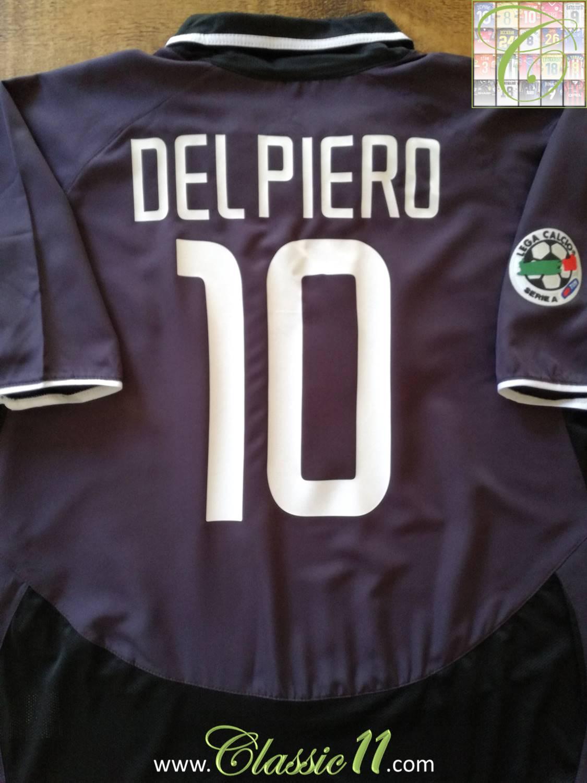 84fdc4392 Juventus Third Maillot de foot 2003 - 2004.
