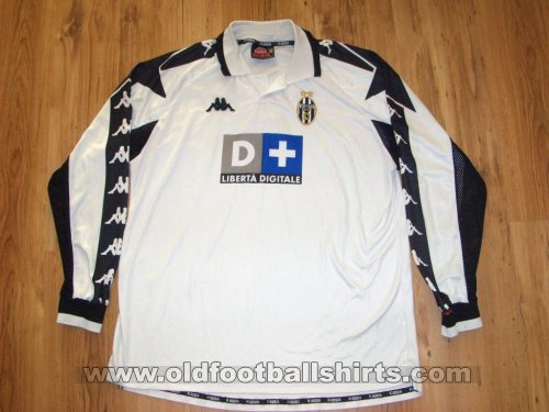 Juventus Away football shirt 1998 - 1999