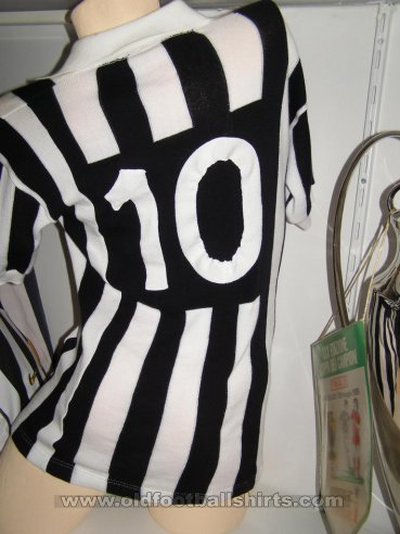 Juventus Home football shirt 1984 - 1985