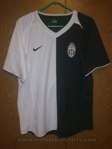 Juventus Special football shirt 2005