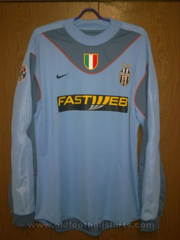 Juventus Goalkeeper football shirt 2003 - 2004