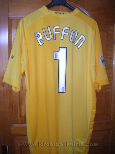 Juventus Goalkeeper football shirt 2006 - 2007