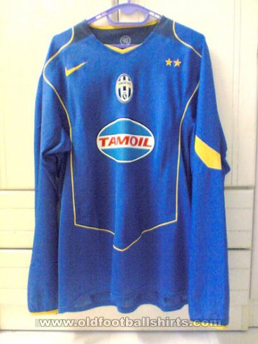 Juventus Away football shirt 2005 - 2006