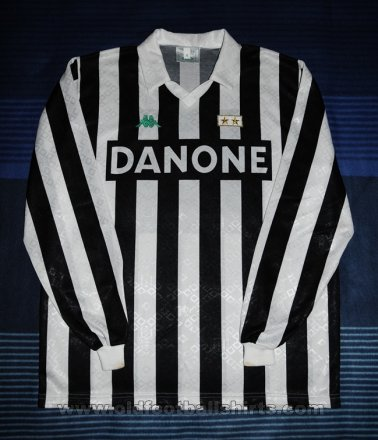Juventus Home football shirt 1993 - 1994