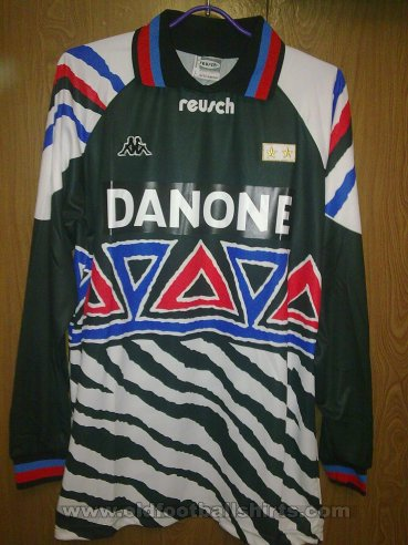 Juventus Goalkeeper football shirt 1993 - 1994