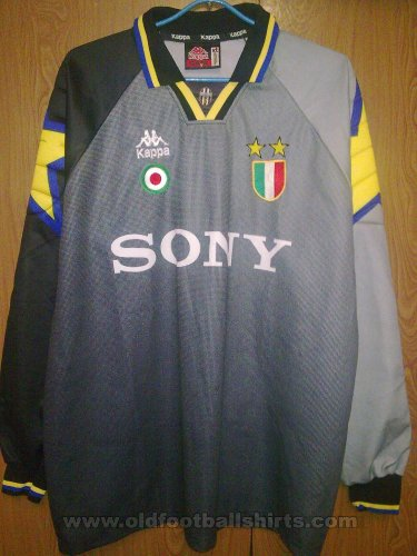 Juventus Goalkeeper football shirt 1995 - 1996