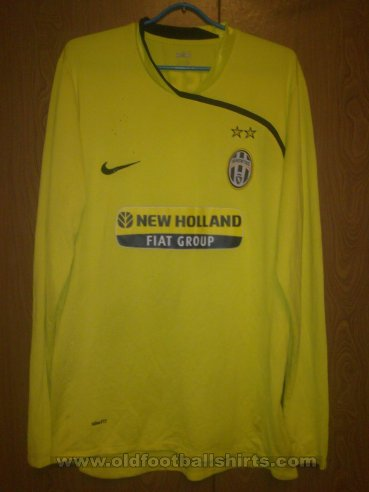 Juventus Goalkeeper football shirt 2007 - 2009
