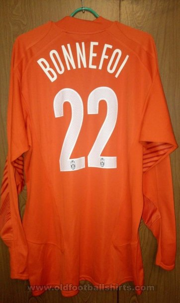 Juventus Goalkeeper football shirt 2005 - 2006