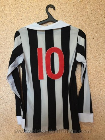 Juventus Home football shirt (unknown year)