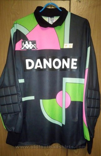 Juventus Goalkeeper football shirt 1992 - 1994