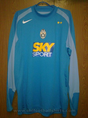 Juventus Goalkeeper football shirt 2004 - 2005