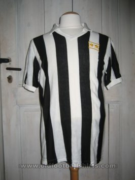 Juventus Home football shirt 1981 - ?