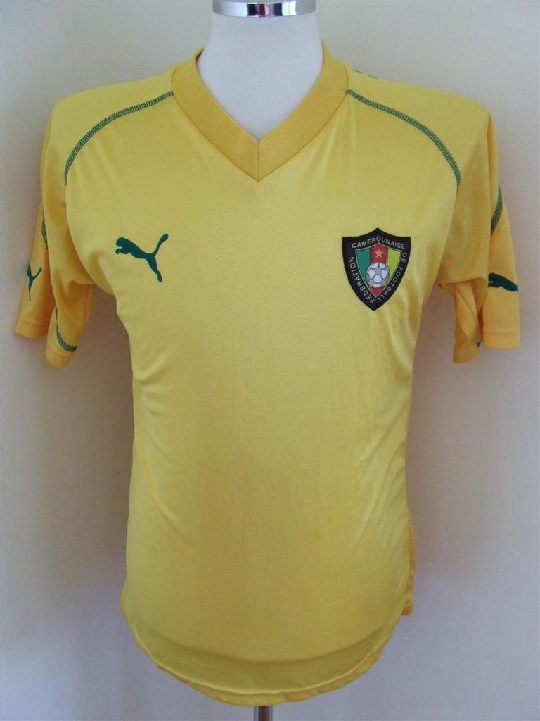 c1bde69c04 Cameroon Away Maillot de foot 2003 - 2004.