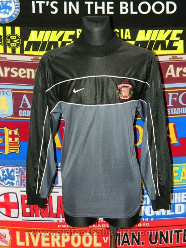 Sunderland Goalkeeper football shirt 2000 - 2002