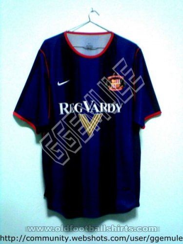 Sunderland Away football shirt 2001 - 2002