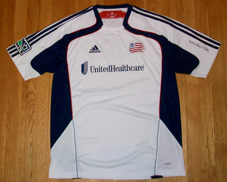 reputable site 35ec8 1e4ef New England Revolution Away baju bolasepak 2011. Sponsored ...