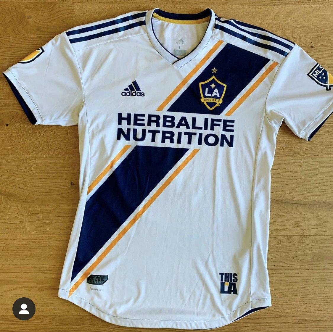 Los Angeles Galaxy Home maglia di calcio 2018 - 2019. Sponsored by ...